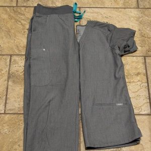 FIGS scrub set XS gray